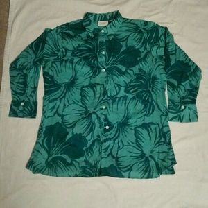 Green print shirt
